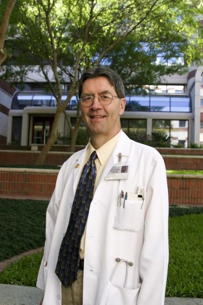 Dr. Roland Staud